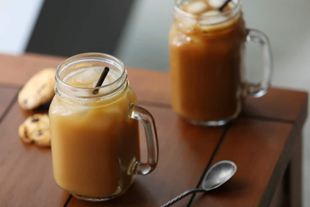 How to make Iced Coffee - Can you cold brew coffee and serve it over ice?