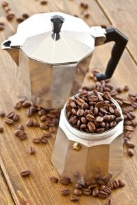 Stainless Steel vs Aluminum Moka Pot for brewing coffee