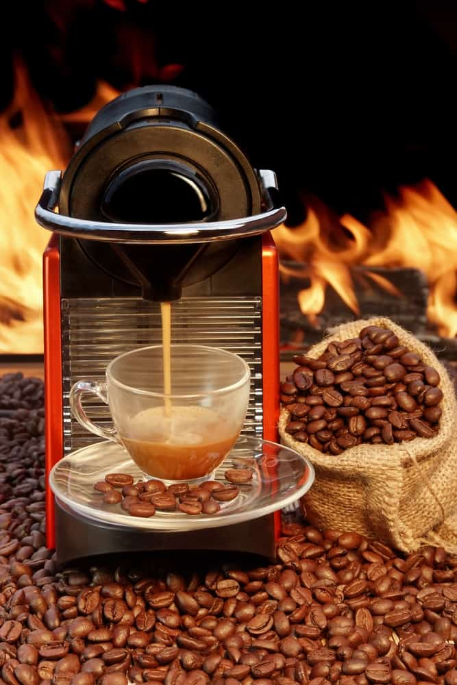Brewing delicious Espresso in a Nespresso coffee maker
